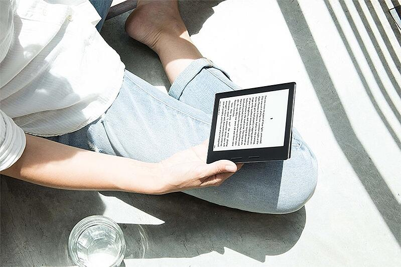 Travel Gear Invest Kindle Oasis